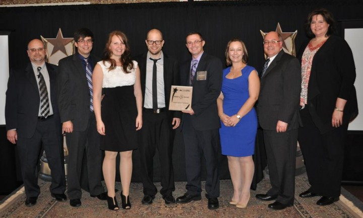 Schroer & Sons awarded the Shining Star from Isaiah Industries.
